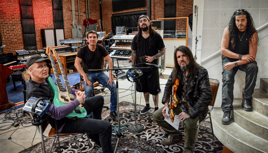 Sons of Apollo en Estudio