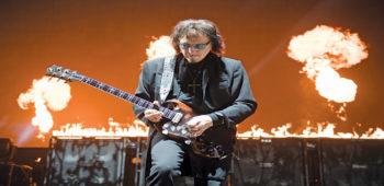 imagen de TOMMY IOMMI uno de los guitarristas màs influyente de todos los tiempos.