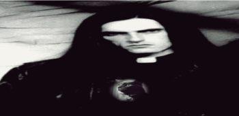 imagen de PETER STEELE se ilumina por LUNA, despues de ocho años de su ausencia músical .