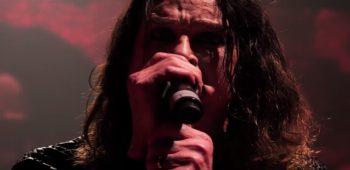 imagen de Ozzy Osbourne hospitalizado por una infección en su mano