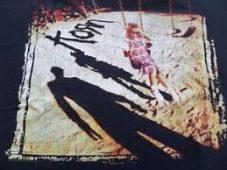 imagen de EL ÁLBUM HOMÓNIMO DE KORN: 10 COSAS QUE NO SABÍAS PRIMER DISPARO DE NU-METAL