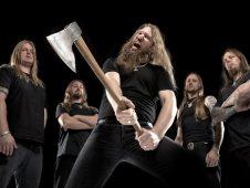 imagen de Amon Amarth vuelve a la carga con la reedición de la canción «Masters of War»